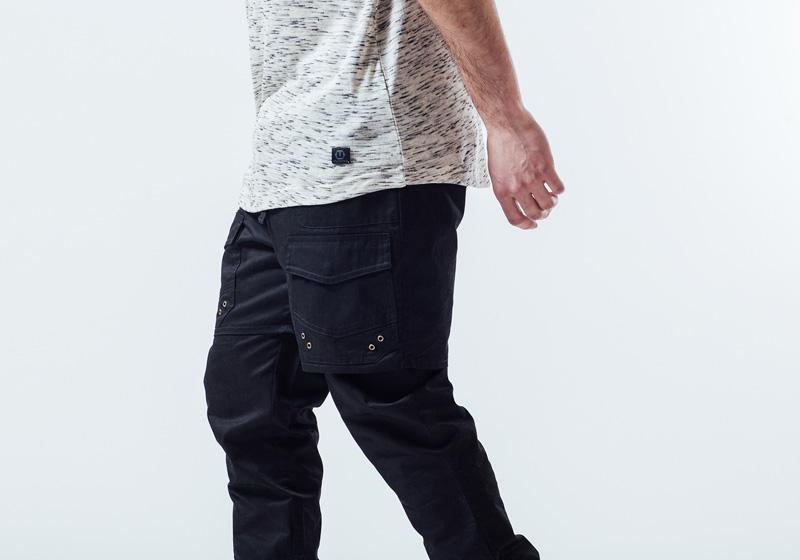 Unyforme — černé kalhoty s kapsami, kapsáče, pánské — pánské trendy oblečení – jaro 2015