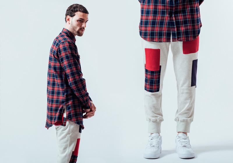 Unyforme — kostkovaná (károvaná) červeno-modrá košile, šedé tepláky – pánské — pánské trendy oblečení – jaro 2015