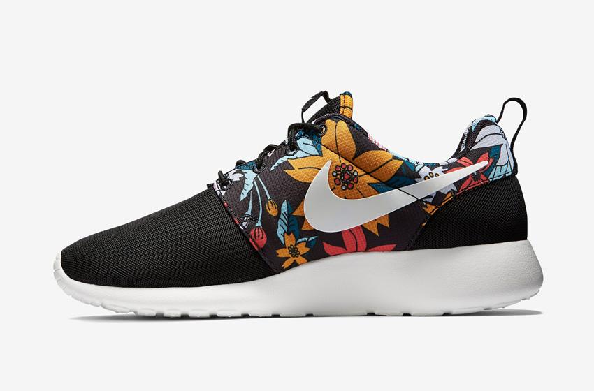Nike Roshe One – dámské běžecké sneakers, černé, barevný květinový motiv, tenisky – Roshe Run