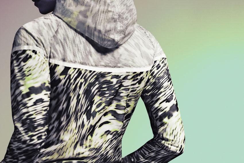 Nike Tech Hyperfuse Windrunner – běžecká bunda, dámská větrovka se vzorem, s kapucí – 2015