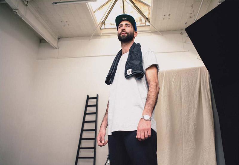 Zirkus Zirkus – šedé tričko – oblečení – jaro/léto 2015