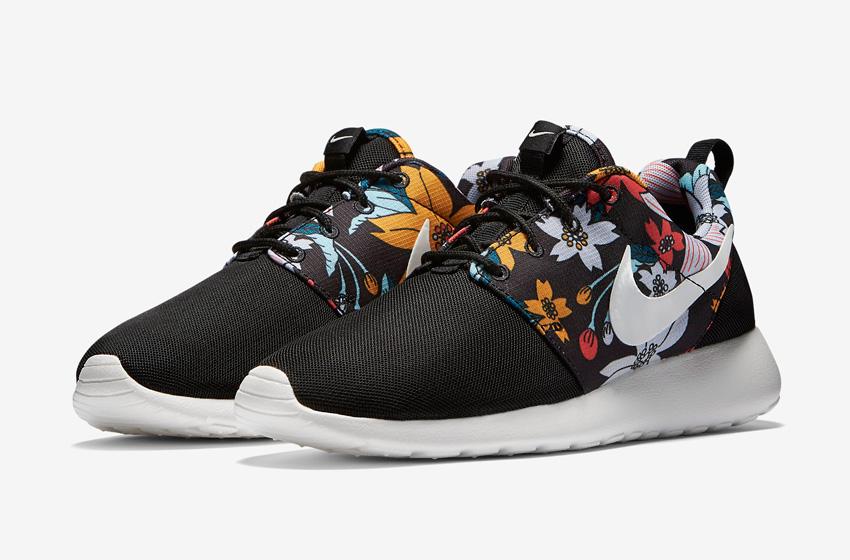 Nike Roshe One – dámské boty, tenisky, černé sneakers, barevný květinový motiv – Roshe Run