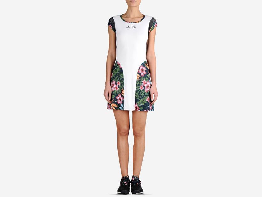 adidas – Roland Garros Y-3 – bílé dámské tenisové šaty s barevným květinovým motivem, sportovní šaty