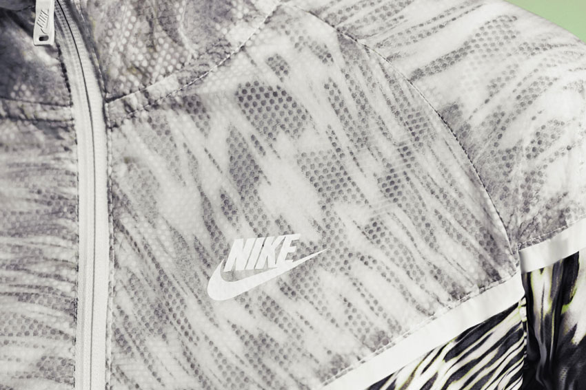 Nike Tech Hyperfuse Windrunner – dámská větrovka, bunda, detail vzoru – 2015