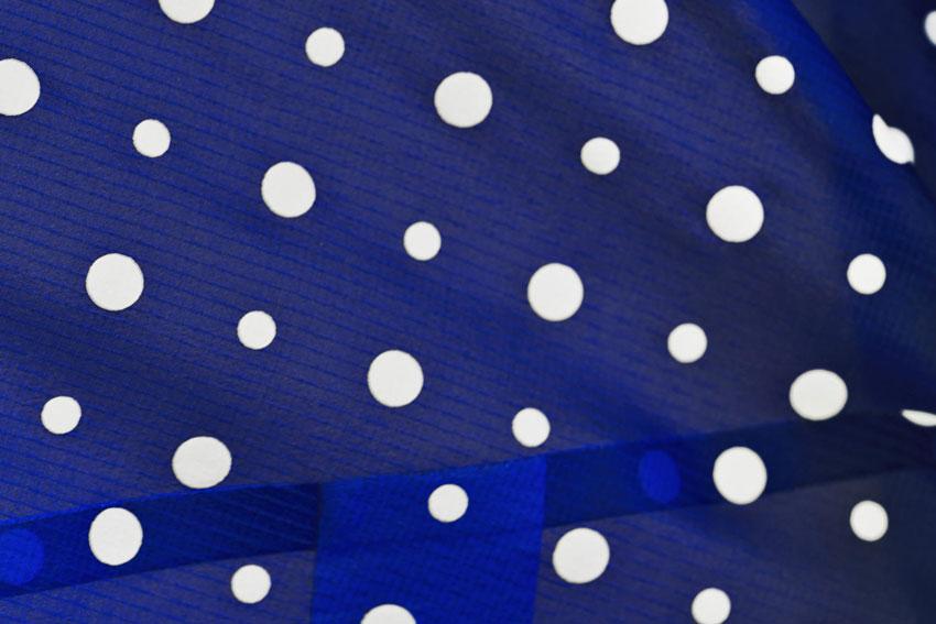 Nike Tech Hyperfuse Windrunner – pánská větrovka, modrá bunda s puntíky, detail – 2015