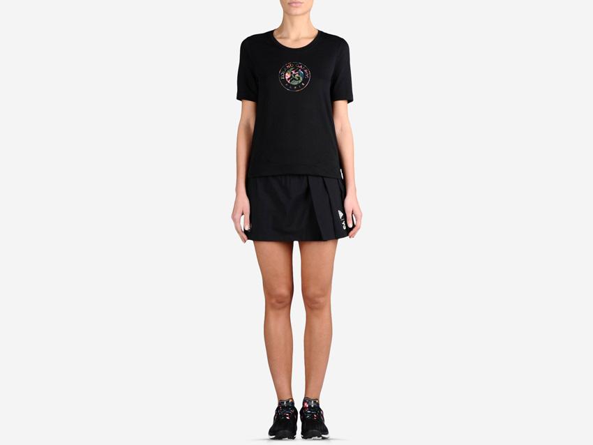 adidas – Roland Garros Y-3 – černé dámské tenisové tričko, černá tenisová sukně, sportovní oblečení