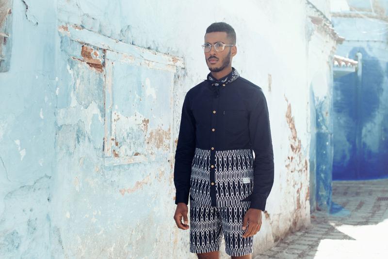 Daily Paper – pánská modrá košile a modré šortky s marockými symboly – trendy oblečení jaro/léto 2015