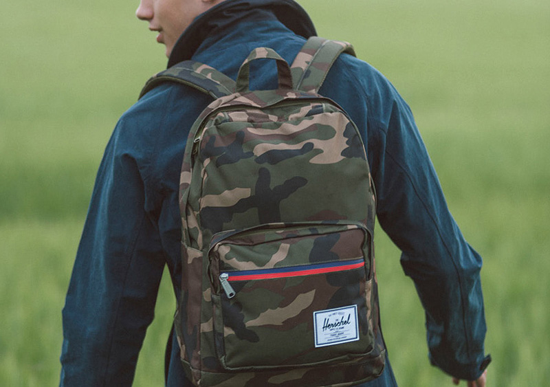 Herschel Supply — maskáčový batoh Pop Quiz Backpack — lookbook léto/summer 2015