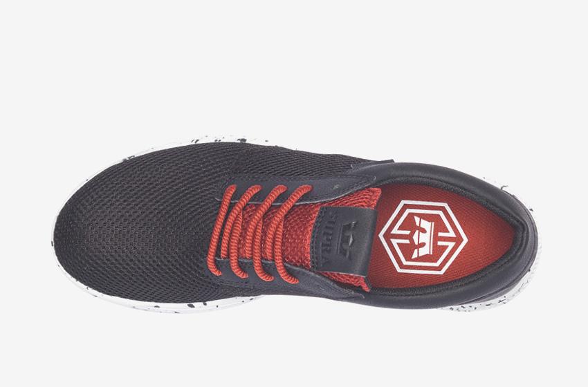 Boty Supra Hammer Run – běžecké, tenisky, dámské, pánské, černé, červené tkaničky, sneakers, horní pohled
