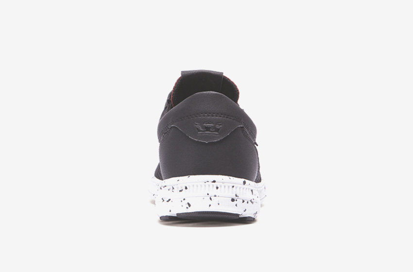 Boty Supra Hammer Run – běžecké tenisky, dámské, pánské, černé, červené tkaničky, sneakers, zadní pohled