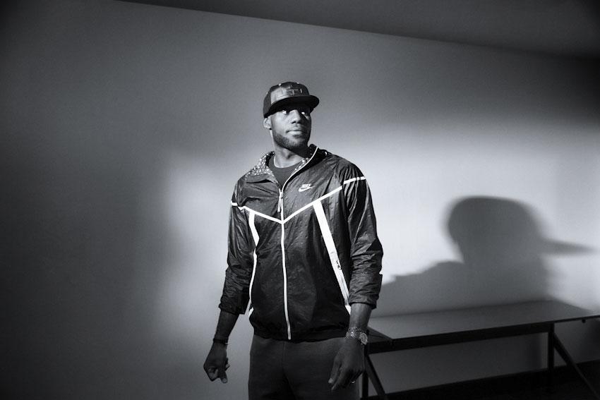 Nike Tech Hyperfuse Windrunner – pánská běžecká bunda s kapucí – lookbook 2015