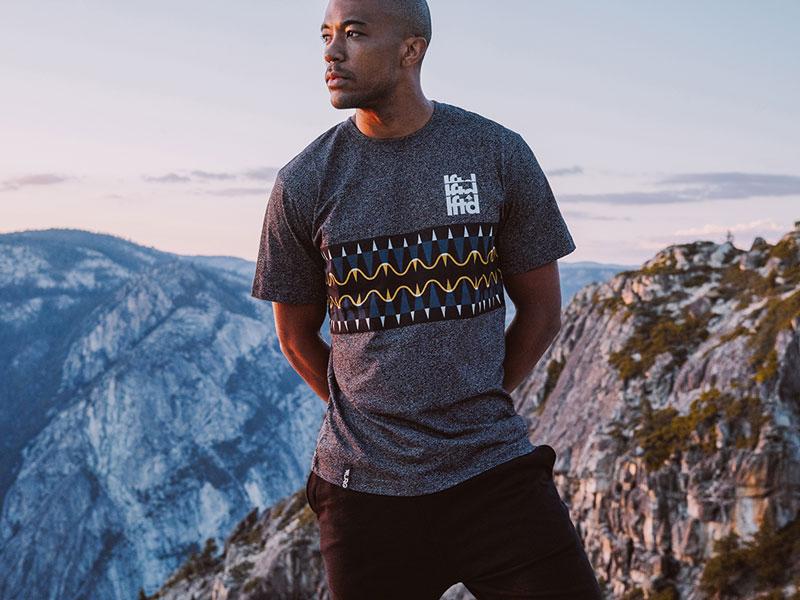 LRG – pánské šedé tričko s potiskem – oblečení na léto 2015
