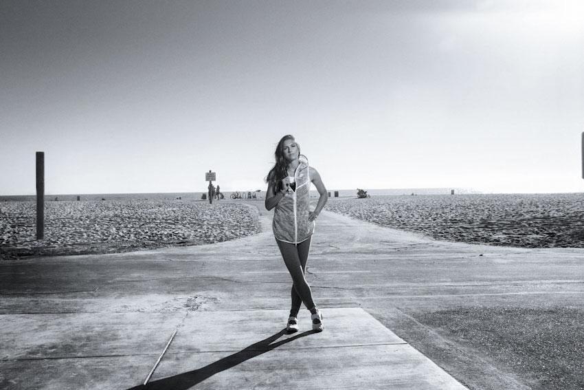 Nike Tech Hyperfuse Vest – dámská sportovní vesta s kapucí – lookbook 2015