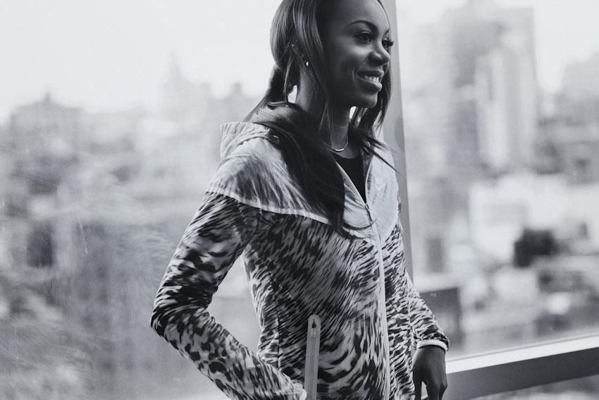 Nike Tech Hyperfuse Windrunner – dámská běžecká bunda s kapucí – lookbook 2015