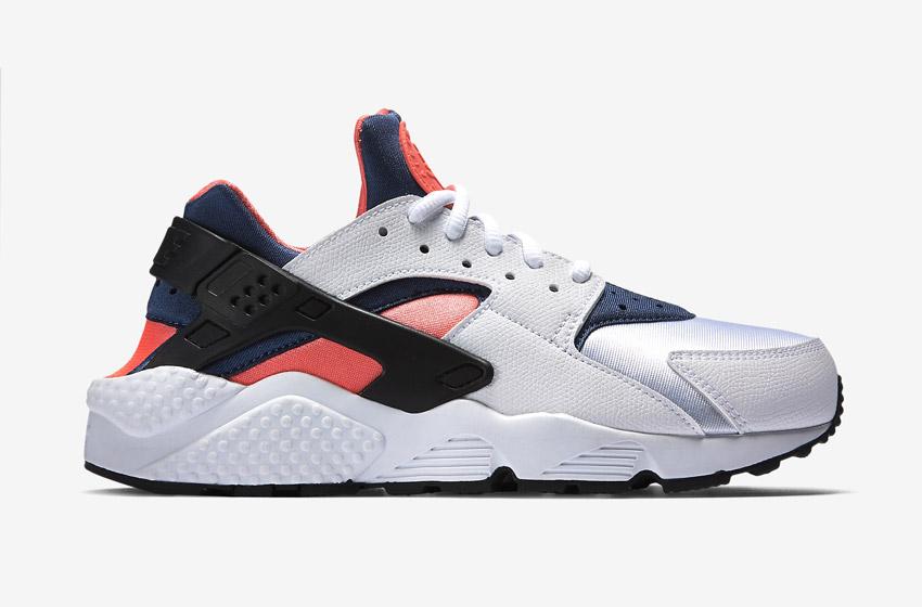 Nike Air Huarache – šedé dámské boty, modré a oranžové detaily, tenisky