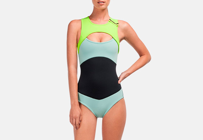 Roxy – dámské plavky, surfařské, swimwear oblečení