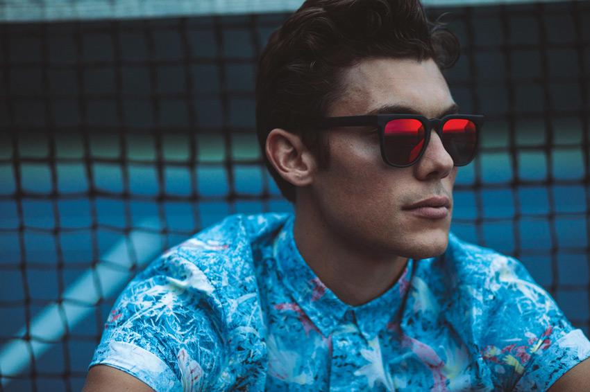 Komono – pánské sluneční brýle Riviera, zrcadlová skla – lookbook jaro/léto 2015