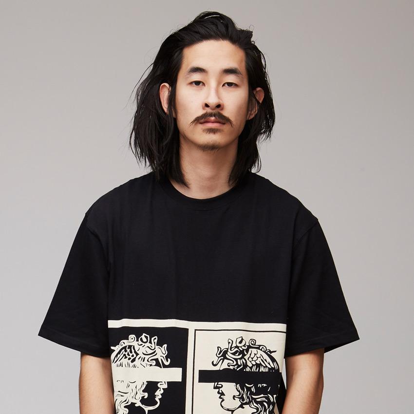 VV — Villainous Visard – černé pánské tričko s velkým potiskem – Cinq