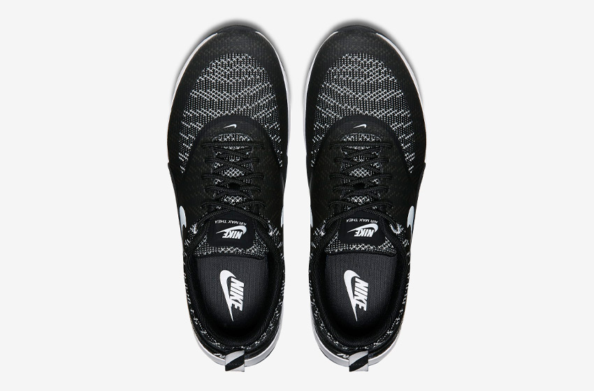 Nike Air Max Thea Jacquard – horní pohled