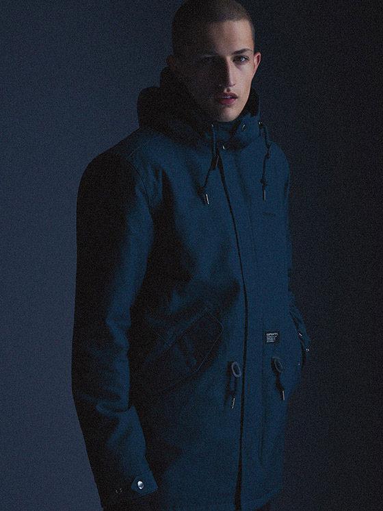Carhartt WIP — pánská modrá zimní bunda s kapucí, parka — podzim/zima 2015, pánské oblečení