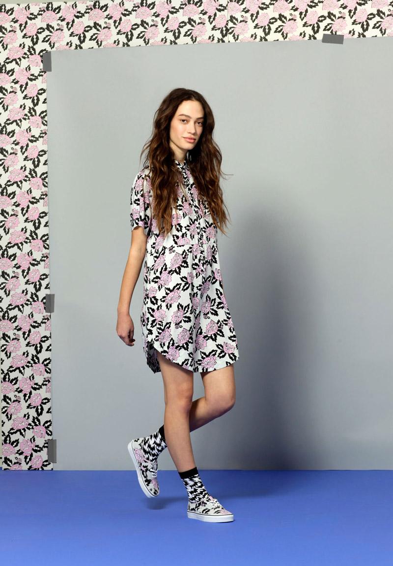 Vans x Eley Kishimoto — dámské šaty s květinovým vzorem Magnolia — oblečení, boty a doplňky Living Art