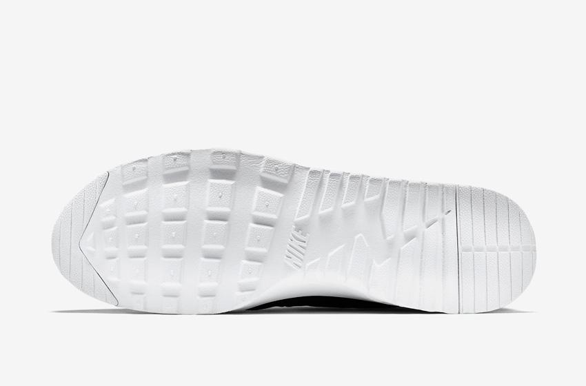 Nike Air Max Thea Premium Black — dámské boty — detail bílé podrážky