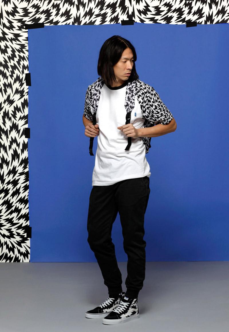 Vans x Eley Kishimoto — pánské bílé tričko s psychedelickým vzorem — oblečení, boty a doplňky Living Art