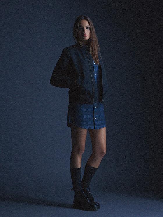 Carhartt WIP – tmavě modrá dámská bunda do pasu, bomber, sukně – podzim/zima 2015, dámské oblečení