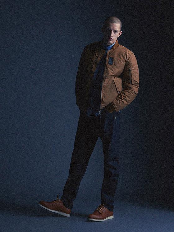 Carhartt WIP — pánský hnědý bomber, bunda do pasu, modré kalhoty, džíny (jeansy) — podzim/zima 2015, pánské oblečení