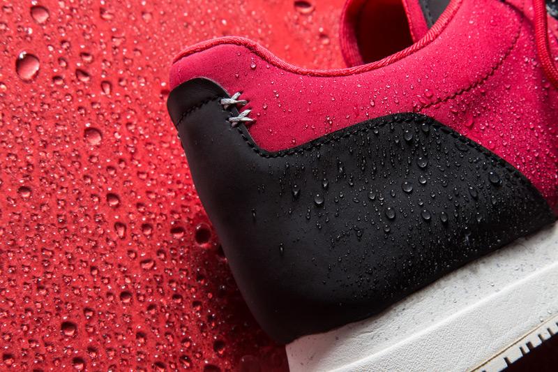 Akio — červené tenisky, pánské a dámské boty, sneakers, detail, voděodolné, nepromokavé — The Orion — Rain City Pack