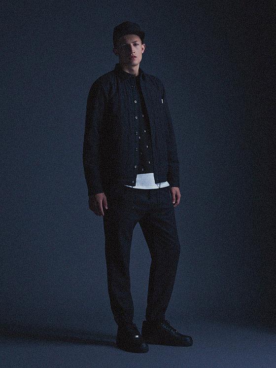 Carhartt WIP — černý pánský bomber, černé kalhoty joggers — podzim/zima 2015, pánské oblečení