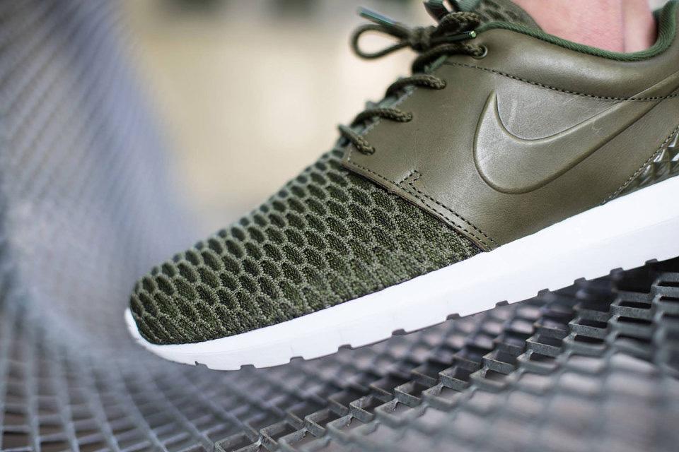 Nike Roshe One NM Flyknit Premium — zelené (olivové) boty, pánské a dámské sneakers, tenisky, Roshe Run, běžecké