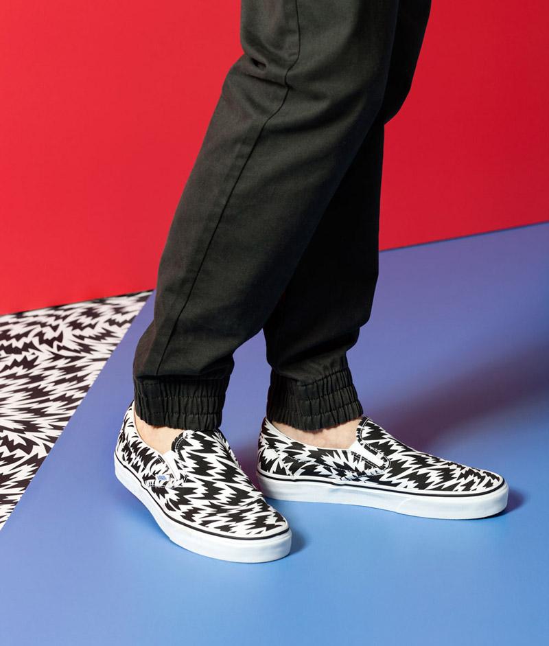 Vans x Eley Kishimoto — boty Vans Slip-On s psychedelickým vzorem, černé kalhoty joggers — oblečení, boty a doplňky Living Art