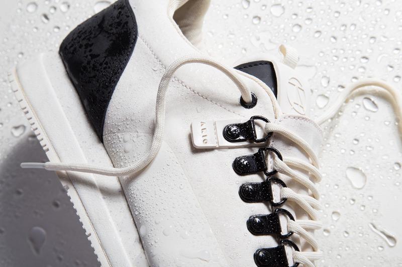 Akio — bílé tenisky, pánské a dámské boty, sneakers, detail, voděodolné, nepromokavé — The Orion — Rain City Pack