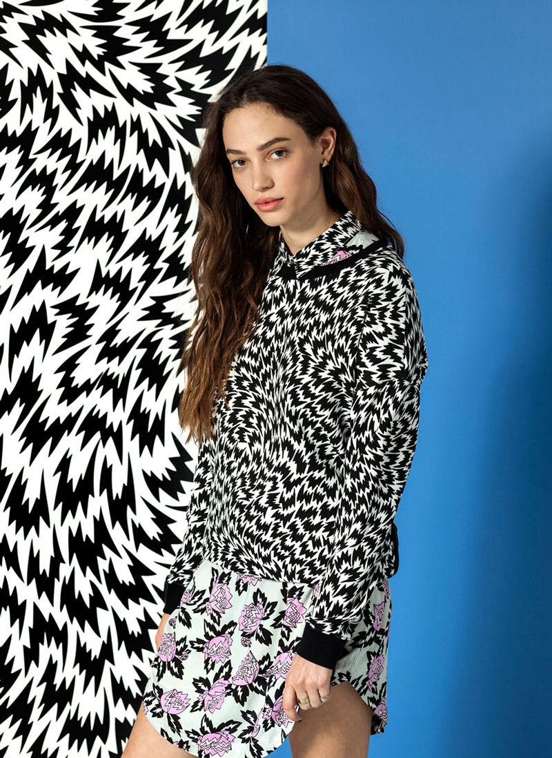 Vans x Eley Kishimoto — dámská mikina s psychedelickým vzorem Flash — oblečení, boty a doplňky Living Art