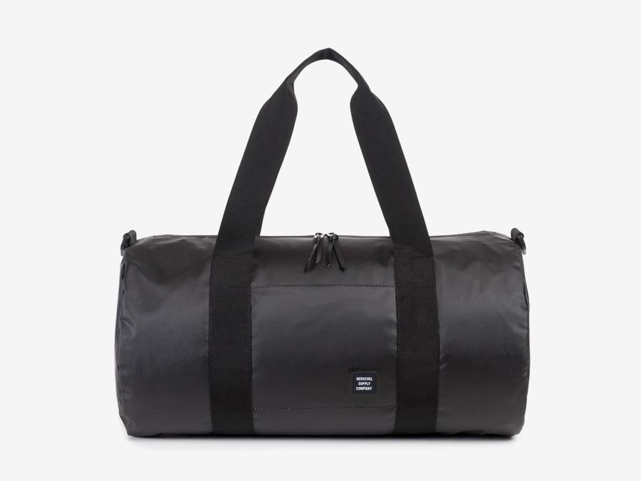 Herschel Supply Studio — taška do ruky a přes rameno, cestovní, voděodolná, černá, nepromokavá — Sutton Duffle