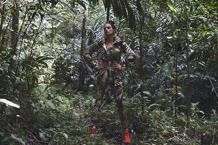 Femi Pleasure – dámské legíny – forest, dámská bunda s kapucí s pralesním motivem – dámské oblečení – jaro/léto 2015