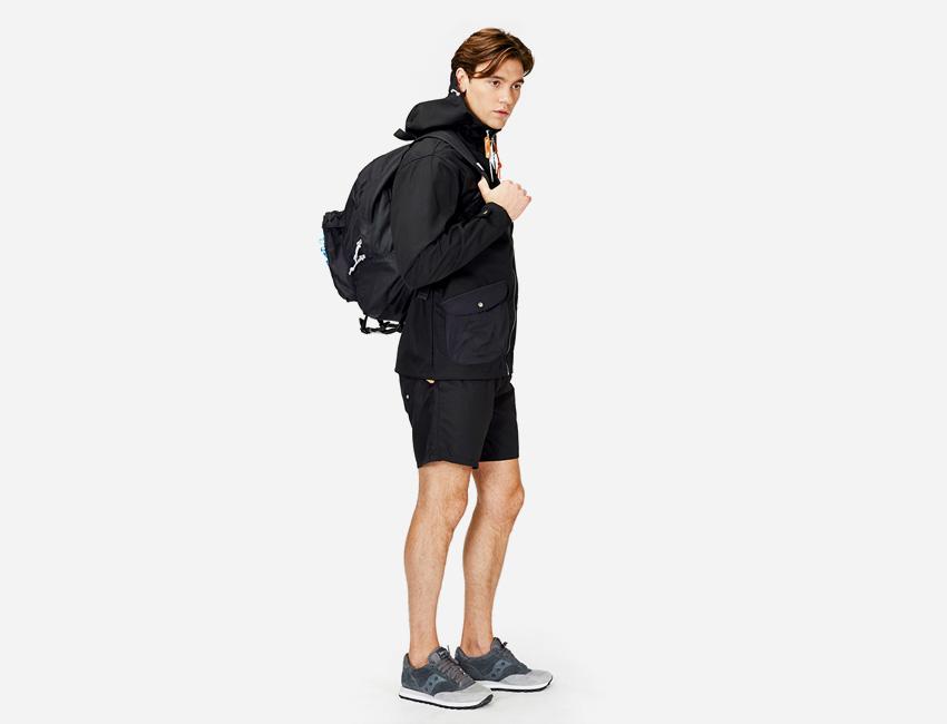 Penfield — pánská černá bunda s kapucí, šerné šortky/kraťasy — pánské oblečení jaro/léto 2015