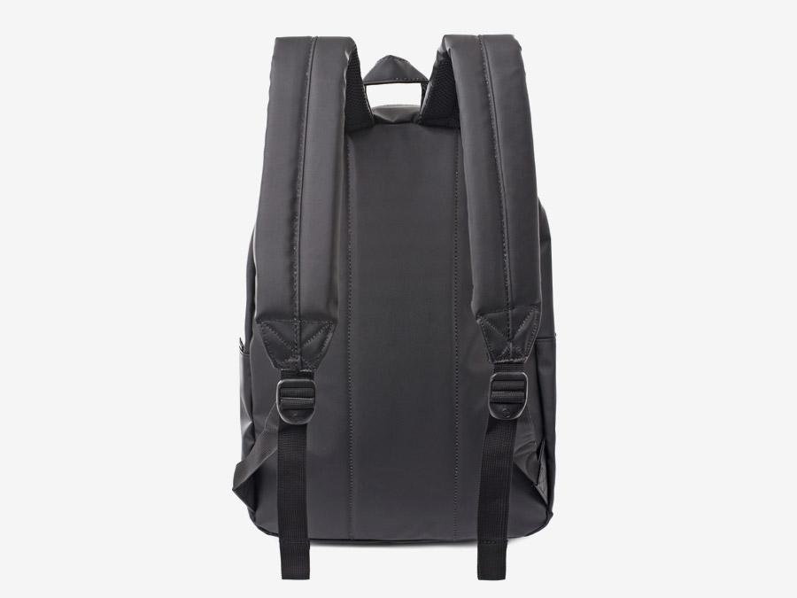 Batoh Herschel Supply & Liberty London – Settlement Backpack – polstrovaná zadní strana s popruhy