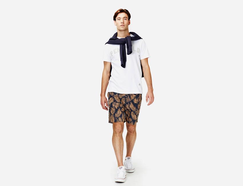 Penfield — pánské bílé tričko, šortky s rostlinným motivem — pánské oblečení jaro/léto 2015