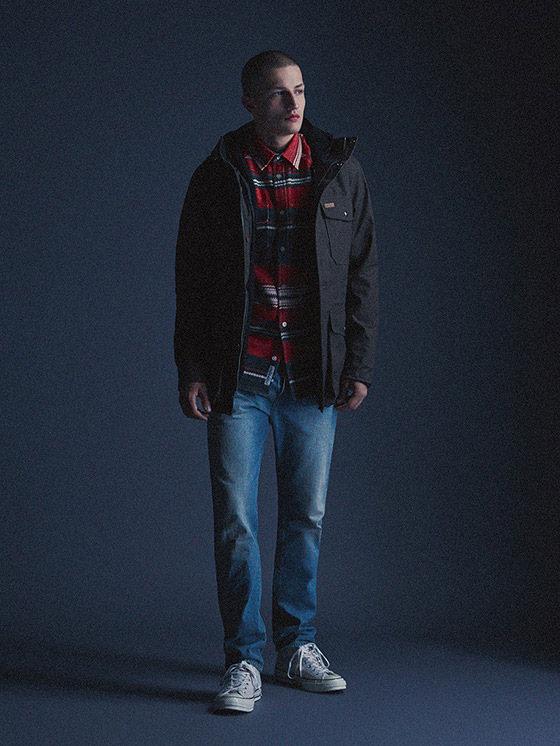 Carhartt WIP — pánská zimní bunda s kapucí, tmavě šedá — podzim/zima 2015, pánské oblečení