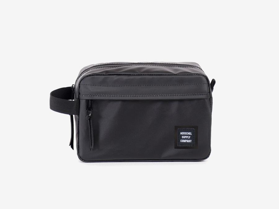 Herschel Supply Studio — kosmetická taštička, toaletní taška, černá, nepromokavá, voděodolná — Chapter Travel Kit