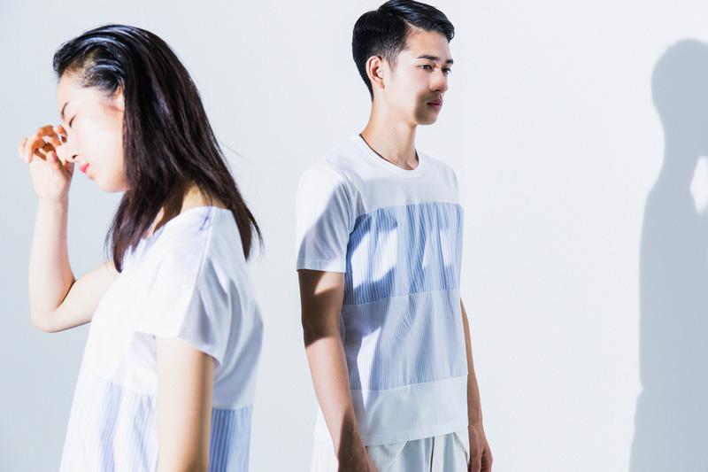 Aloye — pánské modro-bílé tričko, dámské letní šaty — móda jaro/léto 2015
