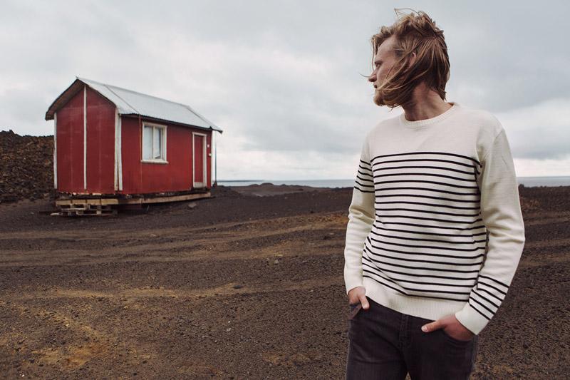 Olow — pánský bílý svetr s modrými proužky — pánské oblečení — lookbook podzim/zima 2015