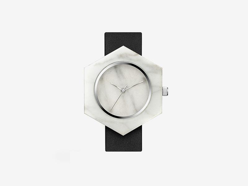 Analog Watch Co. — bílé mramorové hodinky, šestiúhelníkové pouzdro, černý kožený náramek — marble watches