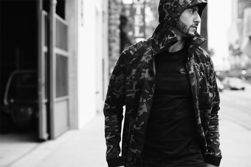 Nike Sportswear Tech Pack Fall 2015 — pánská maskáčová bunda s kapucí — sportovní oblečení — podzim 2015