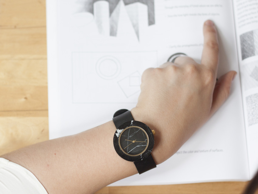 Analog Watch Co. — černé mramorové hodinky — marble watches