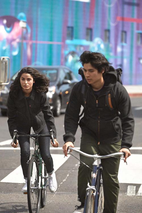 Levi's — dámská bunda, pánská mikina — cyklistické oblečení — podzim 2015