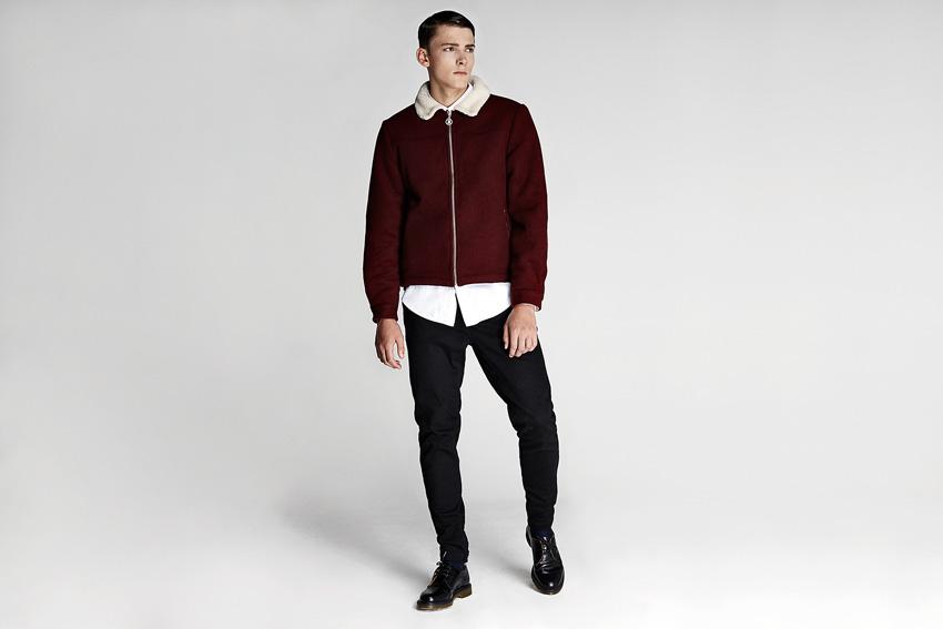 Daily Paper — pánská červená bunda do pasu, černé kalhoty — podzimní oblečení — 2015