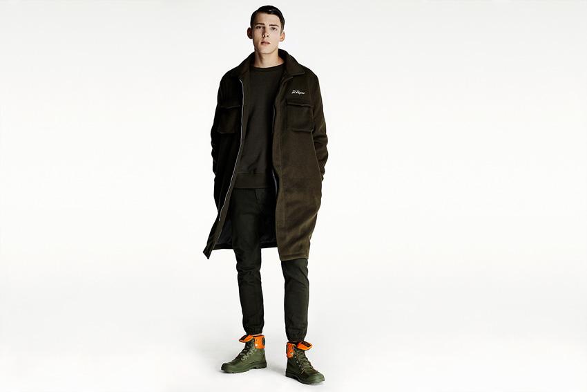 Daily Paper — dlouhý hnědo-zelený kabát, pánský, černé kalhoty joggers — podzimní oblečení — 2015